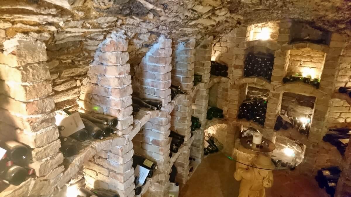 Vinařství Weingut Nothnagl - vinný sklep