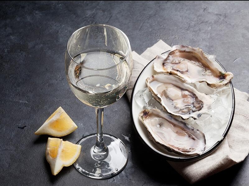 Lehká suchá bílá vína